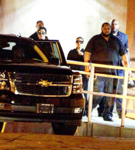 Kris Jenner and Kim Kardashian-West arriving at Sunrise Hospital.